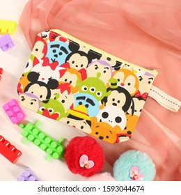 Colorful pouch was made by canvas matterial in colorful pattern