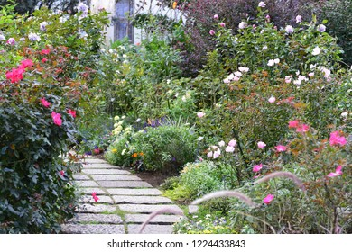 Royalty Free Schone Garten Images Stock Photos Vectors Shutterstock