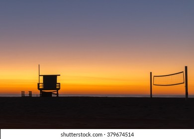 A colorful sunset at Hermosa Beach in Los Angeles, Aalifornia