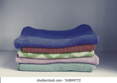 Colorful Towels Cutout microfiber
