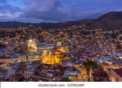 colorful town guanajuato