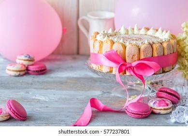 Colour pink tiramisu cake for children's birthday party