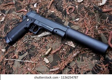 Colt Rail 1911 Gun Pistol
