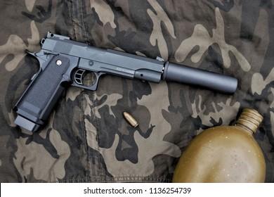Colt Rail 1911 Pistol
