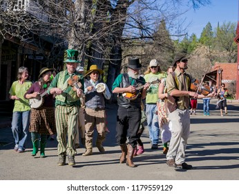 Columbia, MAR 16: Saint Patrick's Day celebration in the interesting Columbia State Historic Park on MAR 16, 2014 at Columbia, California