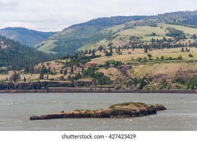 Columbia River Gorge, Pacific Northwest, between Oregon and Washington