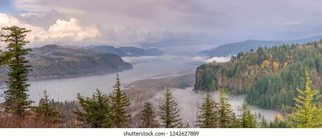 Columbia River Gorge panorama a wonderland landscape Oregon.