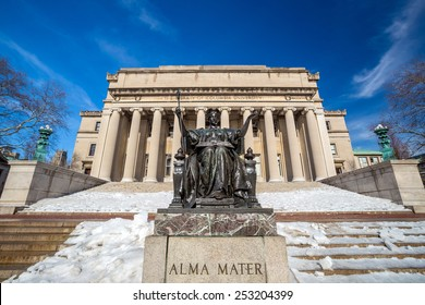 Columbia University of New York in winter