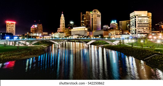 Columbus, Ohio night skyline from the the Main Street Bridge