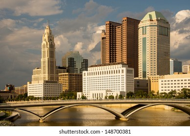 Columbus Ohio skyline in late afternoon