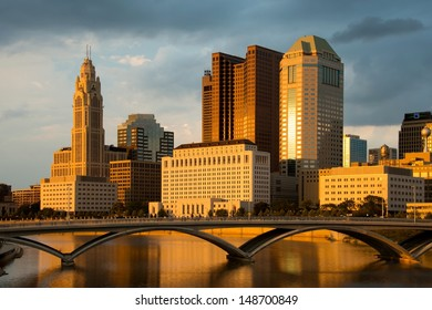 Columbus Ohio Skyline at Sunset with New Rich Street Bridge