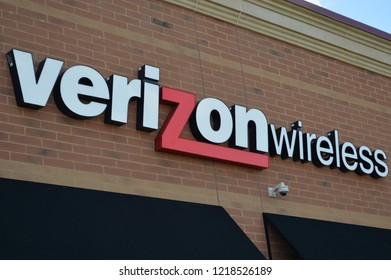 Columbus,OH/USA - July 24, 2017: Verizon Wireless retail store. Verizon Wireless is a wholly owned subsidiary of Verizon Communications, Inc.
