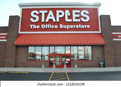 Columbus,OH/USA - July 25,2017: Staples Office Superstore. The office supply store chain has more than 2,200 stores worldwide in 26 countries.