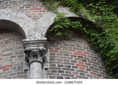 Column, capital and arch in neo-romanesque style