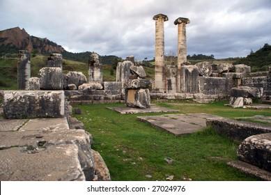 Columns and ruins of Artemis temple in SArdis, Turkey