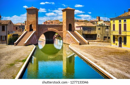 Comacchio, Tre Ponti or Trepponti three way bridge. Ferrara, Emilia Romagna Italy Europe