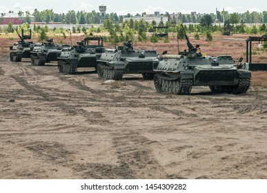 combat vehicles for the transport of personnel on the March in the field