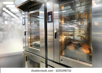 Commercial bread ovens with glass doors