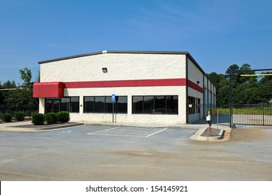 Commercial Building available for sale or lease