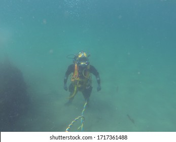 commercial diver working underwater in the uk