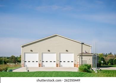 Commercial Maintenance facilities Garage