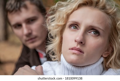 Communication broken between yiung couple.  Sad female