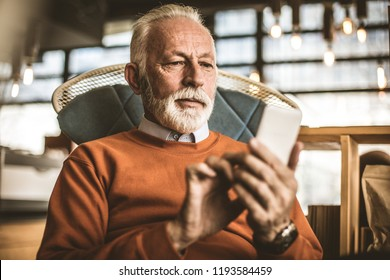 Communications technology. Retirement typing message.