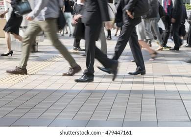 Commuting Shinagawa Station Shinagawa morning arrival image slow shutter feet