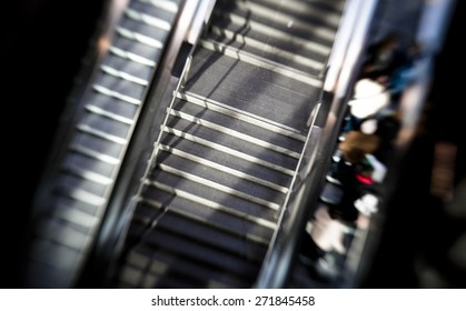 Commuting in a train station