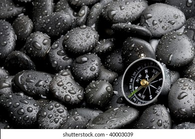 Compass with rock cover water drop