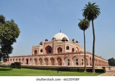 Complex of the Mausoleum of the Mughal Emperor Humayun in Delhi, India. UNESCO World Heritage List