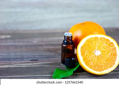 Composition copy space : aromatic oranges essential oil for relaxing spa concept
