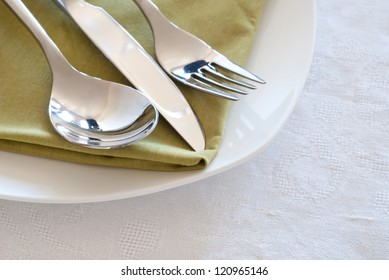 Composition of table settings
