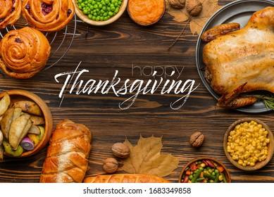 Composition avec savoureuse cuisine pour la journée de Thanksgiving sur la table