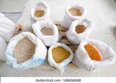 Compound feed bags; peas, corn, oats, bran