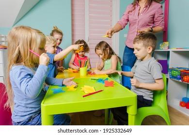 comprehensive development of preschoolers at the art school