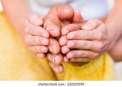 Comprehensive elderly medical care for safety old ages