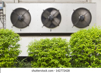 compressor unit of air conditioner in spinning mode