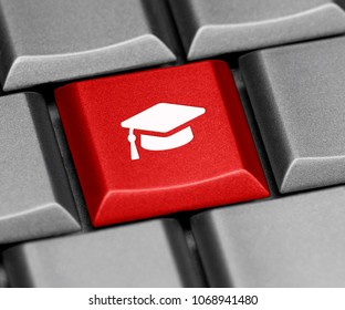 Computer key - graduation cap
