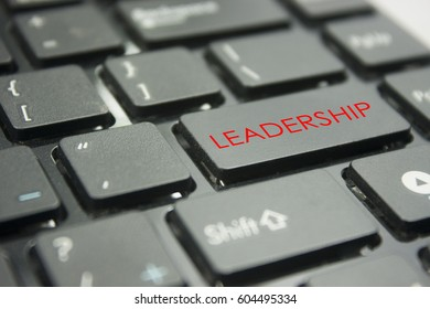computer keyboard button with word leadership concept