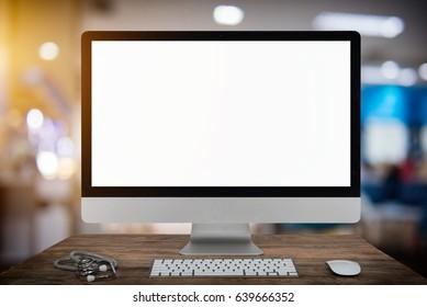 Computer Keyboard and mouse with blurred of hospital background, Patient sitting chair with waiting seat for see doctor, Hospital and physician concept