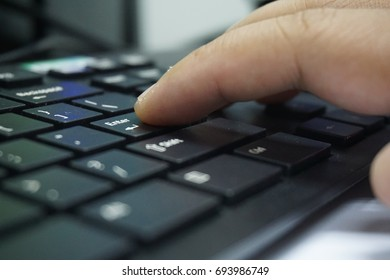 Computer keyboard for typing works