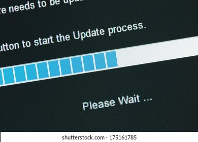 Computer Monitor screen Graph, concept of update process