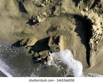 concave and convex structures of sand