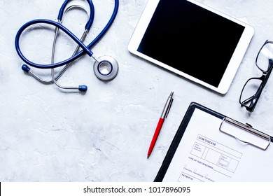 concept of appointment to doctor online top view mock up
