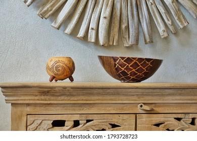 Concepto de turismo con elementos de decoración étnica