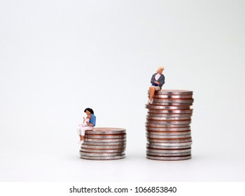 The concept of the undue influence of parenting on women's wages.
