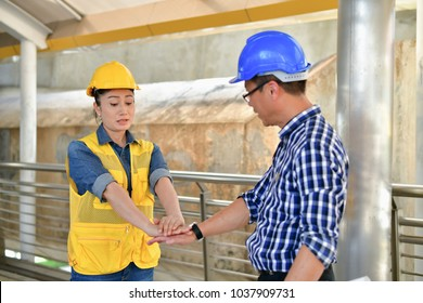 Concepts Business Engineering, Professional engineers, Young Business people are planning construction.