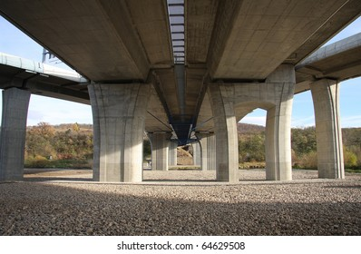 Concrete bridge pillars