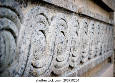 Concrete continuing pattern